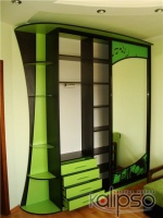Шкаф-купе с пленочным декором