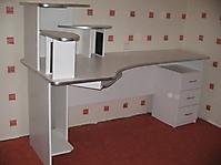 Столы и офисная мебель